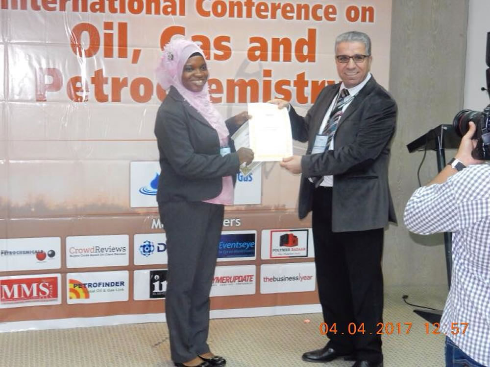 CPEEL Student Won Best Poster Award at Petrochemistry-2017, Dubai